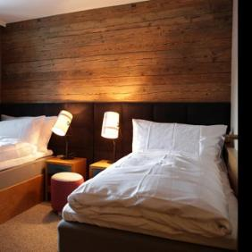 Valluga Hotel von mit diesel with foscarini Fork